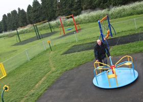 Spider park play equipment